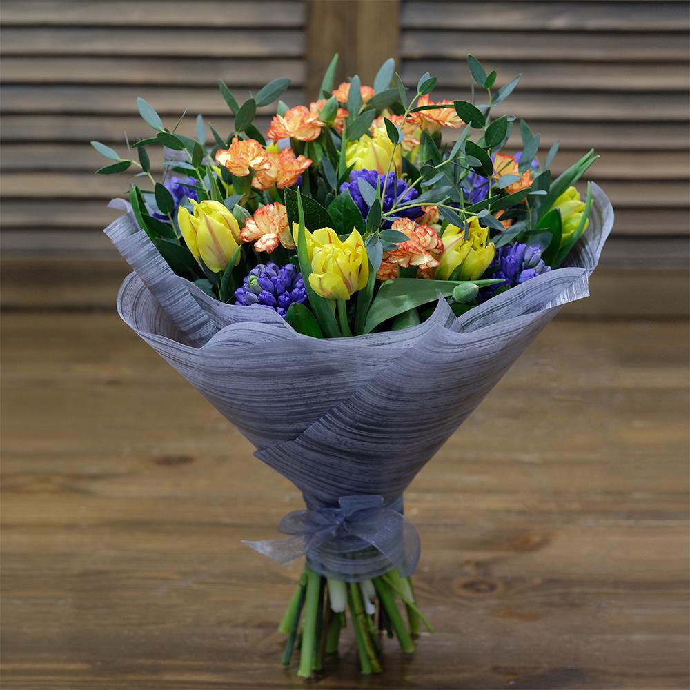 Купить весенний букет с тюльпанами гиацинтами Пермь