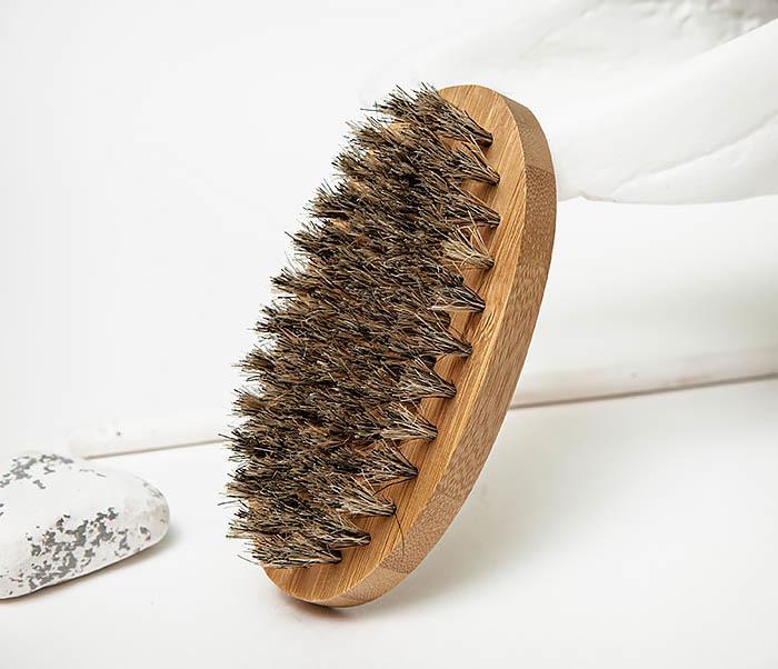 RAZ496 Деревянная щетка для бороды «Kurt» (размер L)