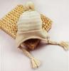 Вязаная шапочка на завязках