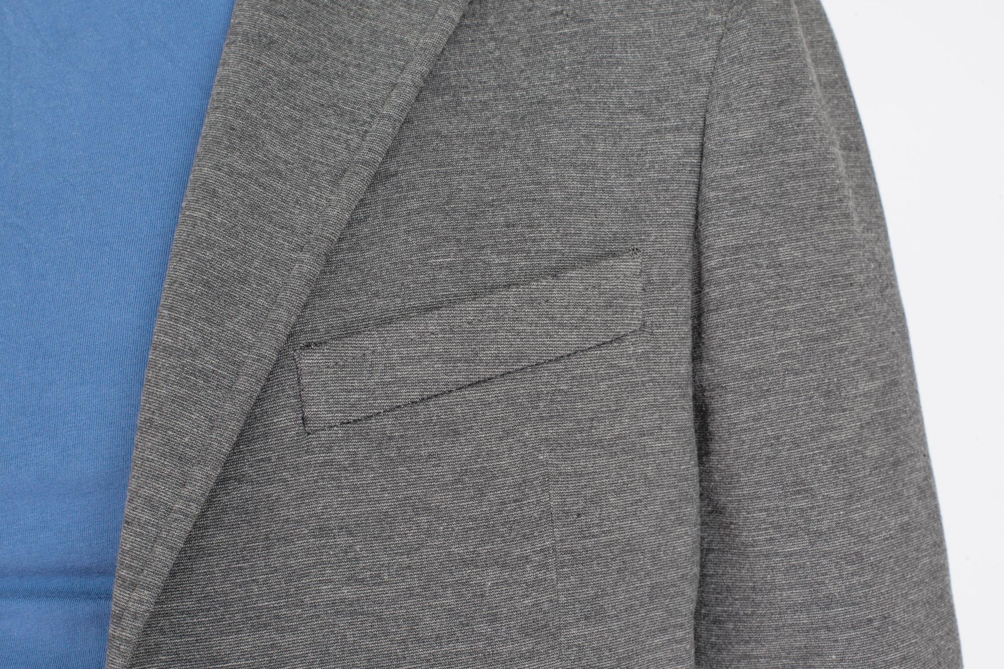 Серый трикотажный пиджак из вискозы, нагрудный карман