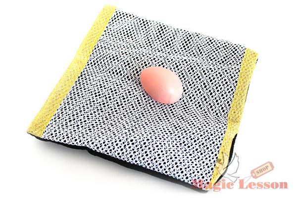 Яйцо появляется в сумке