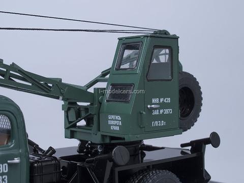 ZIL-164 Truck Crane LAZ-690 green Start Scale Models (SSM) 1:43