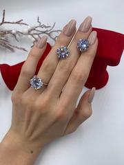 Роскошное кольцо-каратник из серебра с цирконом в 6-ти крапанах