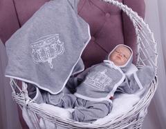 Летний комплект на выписку новорожденных из роддома Queen (серый)