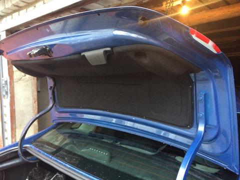 Обшивка багажника Лада Веста