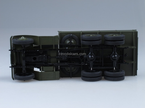 YaG-10 dark olive 1:43 Nash Avtoprom