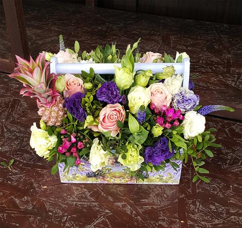 Ящик с цветами Ананас 2