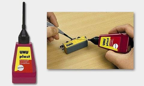 Клей для пластика UHU с иголочкой