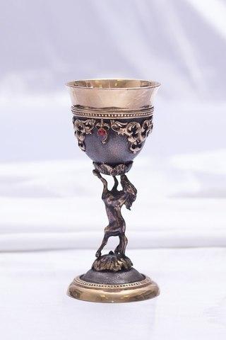 Бокал «Победитель» с камнями, позолоченный