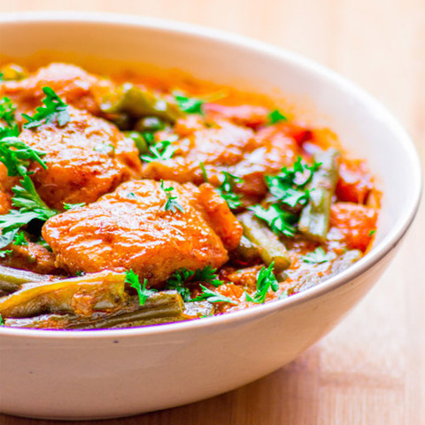https://static-ru.insales.ru/images/products/1/7966/60604190/red_curry_fish.jpg