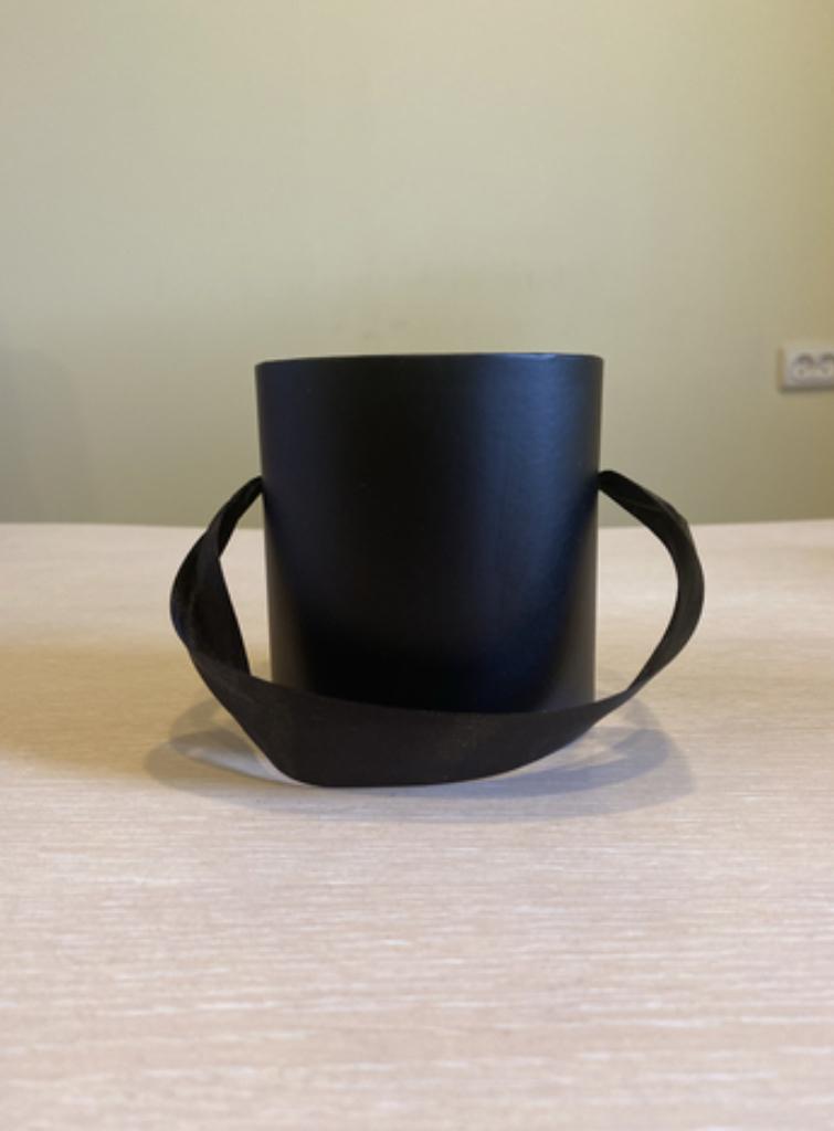 Шляпная коробка эконом вариант 8 см . Цвет Черный  , Розница 150 рублей .