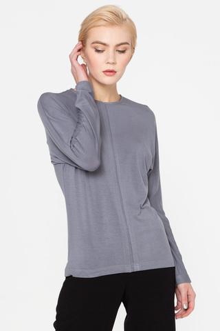 Фото серый трикотажный джемпер свободной формы со встречной складкой по центру - Джемпер В508-213 (1)
