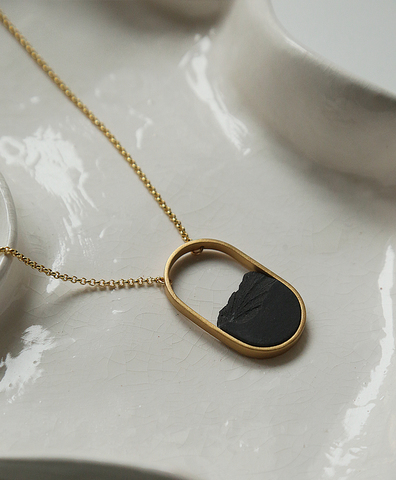 Колье OVAL MINI GOLD BLACK