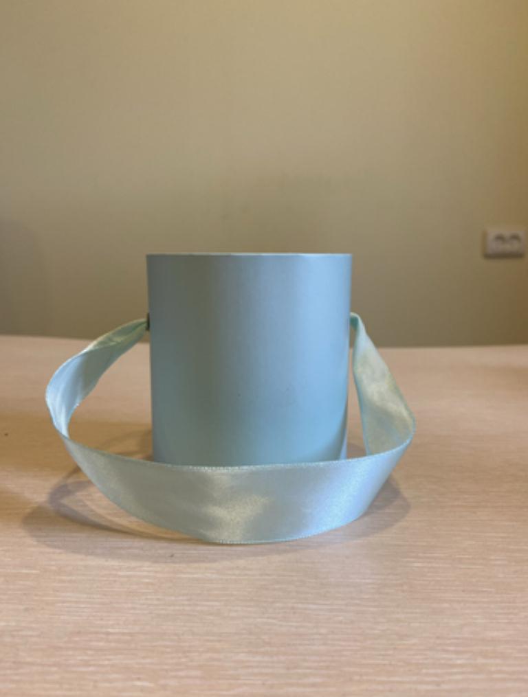 Шляпная коробка эконом вариант 8 см . Цвет Светло изумрудный  , Розница 150 рублей .