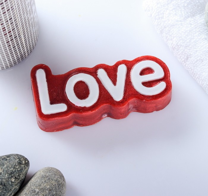 Мыло фигурное Love 80гр цвет: красный с блёстками фото