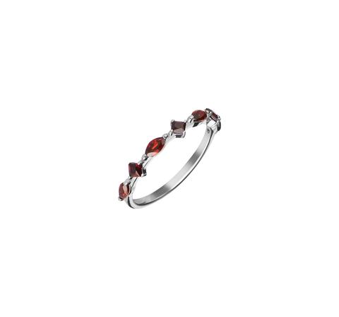 Кружевное кольцо с гранатами