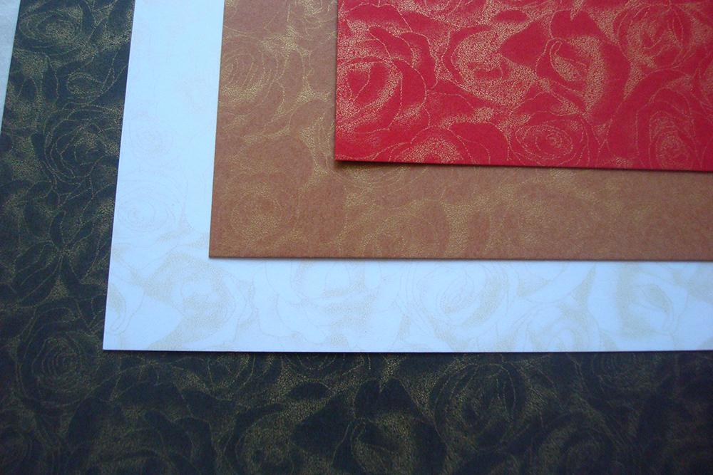 Дизайнерская бумага «Розы» 300 гр, коричневый