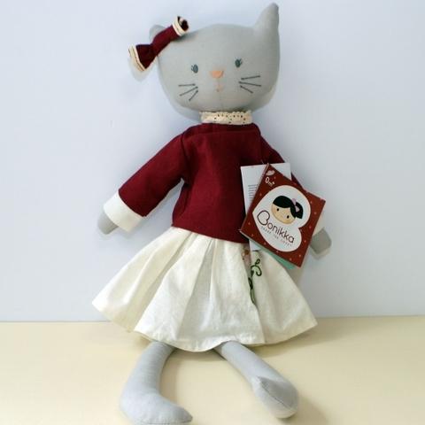 Мягконабивная кукла кошка Bellamy