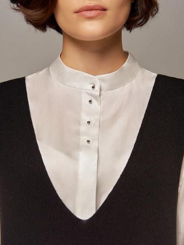 Женское шерстяное платье черного цвета без рукавов - фото 3
