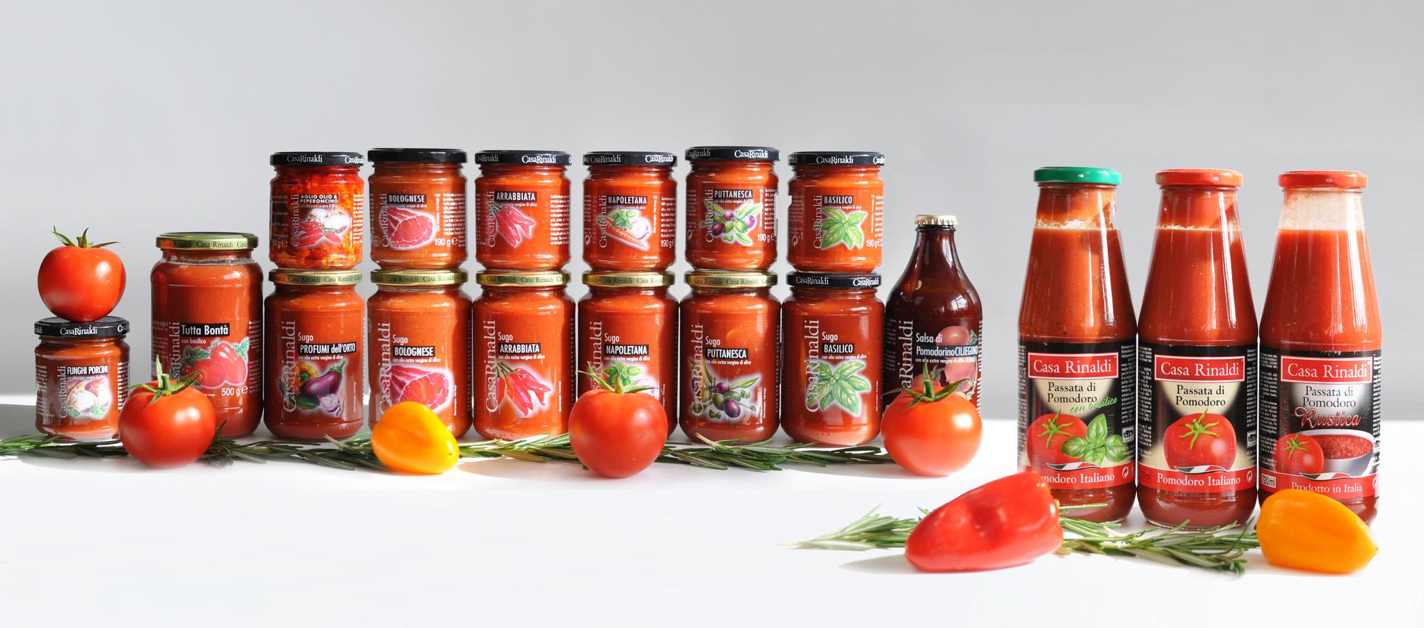Соус Casa Rinaldi томатный с садовыми овощами 190г