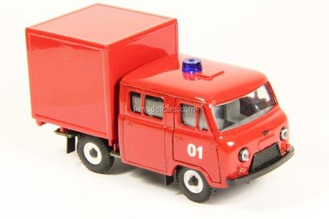 UAZ-39094 Farmer Van Fire Engine (plastic) Agat Mossar Tantal 1:43