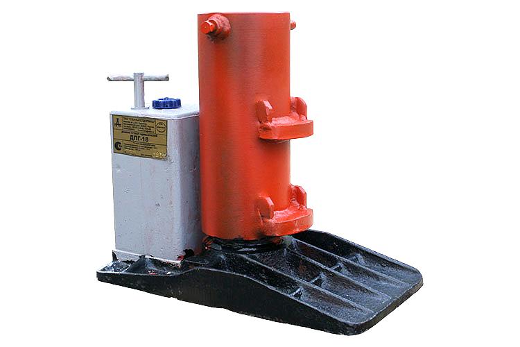 Домкрат путевой гидравлический ДПГ-18