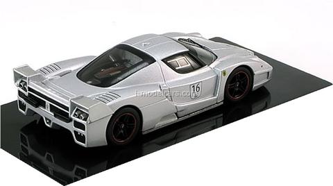 Ferrari FXX №16 Nurburgring silver HotWheels Elite 1:43
