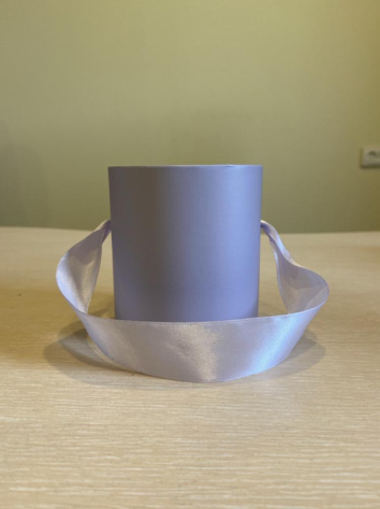 Шляпная коробка эконом вариант 8 см . Цвет светло серый  , Розница 150 рублей .