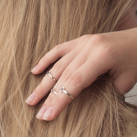 Миди-кольцо RHOMBI - Черный оникс
