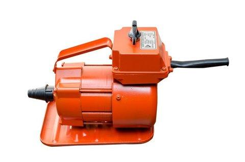 Вибратор Vektor 1500 220V 1001