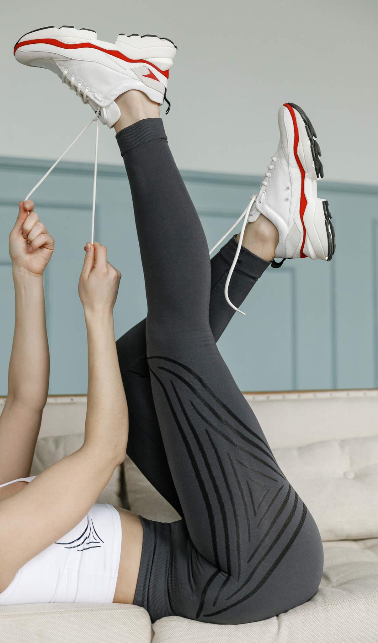Серые женские леггинсы для фитнеса Seamless Lines Grey