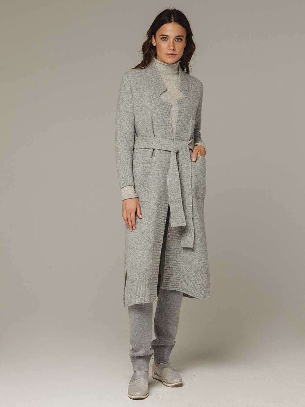 Женский серый кардиган на поясе с карманами - фото 1
