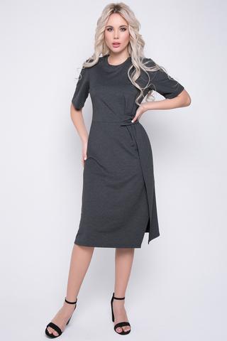 <p>Трикотажное платье модного кроя - неотъемлемая часть гардероба каждой девушки. Отрезное по талии, с декоративным элементом. (Длины: 46-104см; 48-105см; 50-106см; 52-107см)</p>