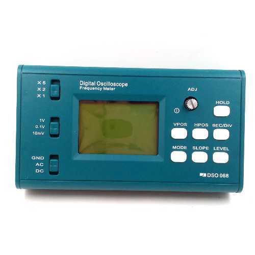 Портативный цифровой осцилограф DSO068 в корпусе