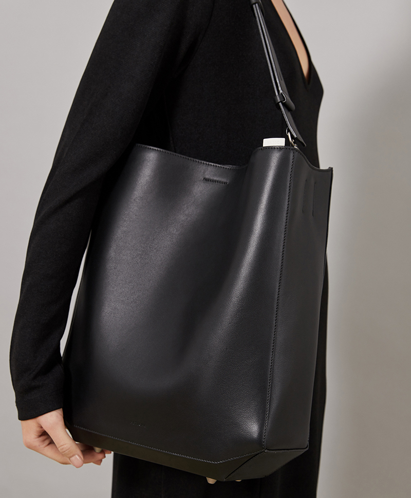 Сумка-шоппер черного цвета