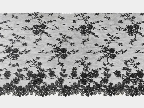 Вышивка на сетке, 19,5 см, черный, цветочки 3D, левая сторона, м