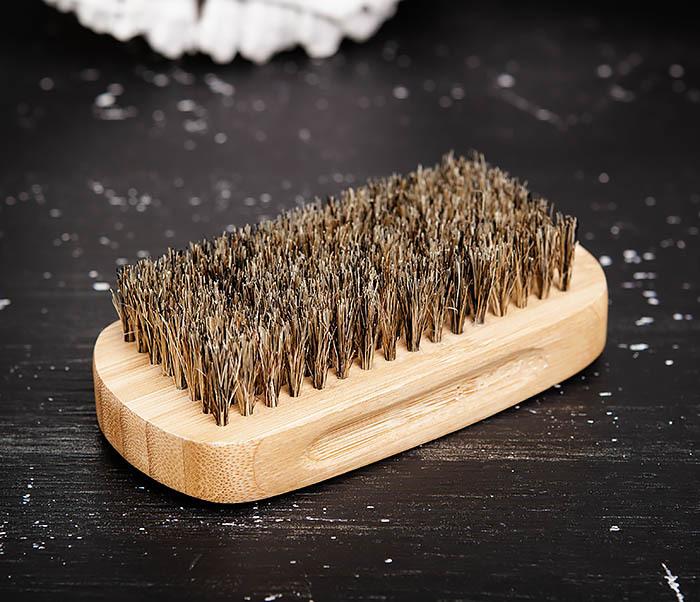 RAZ448 Крупная щетка для бороды из дерева фото 02