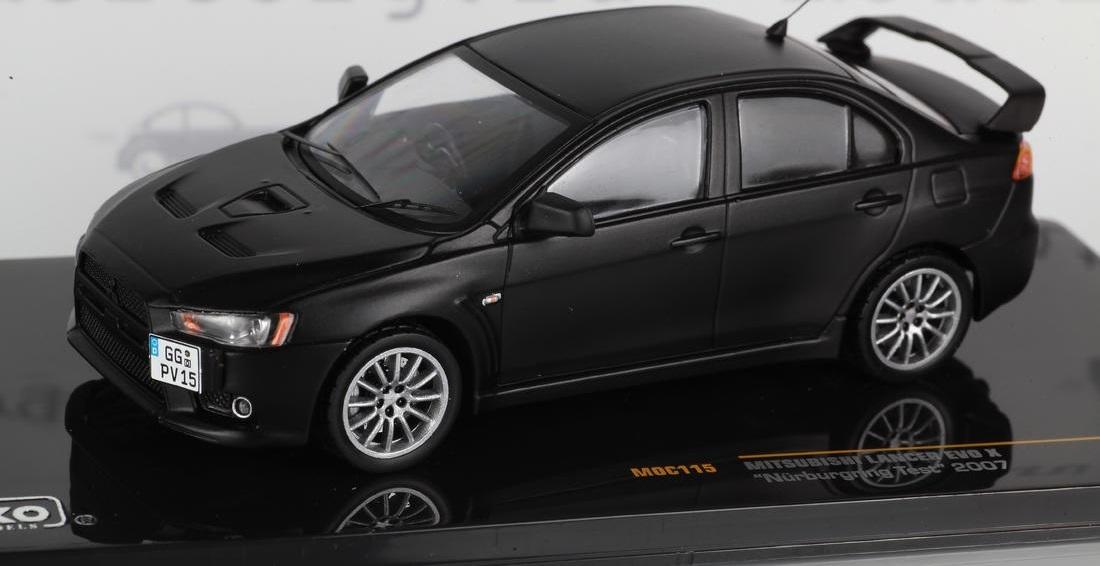 Коллекционная модель Mitsubishi Lancer Evolution X
