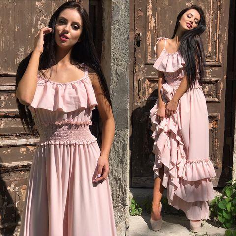 Длинное летнее платье с воланами, нежно-персикового цвета 1