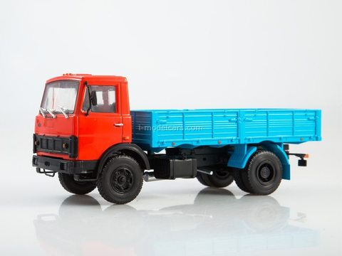 MAZ-5337 flatbed truck red-blue 1:43 Legendary trucks USSR #4