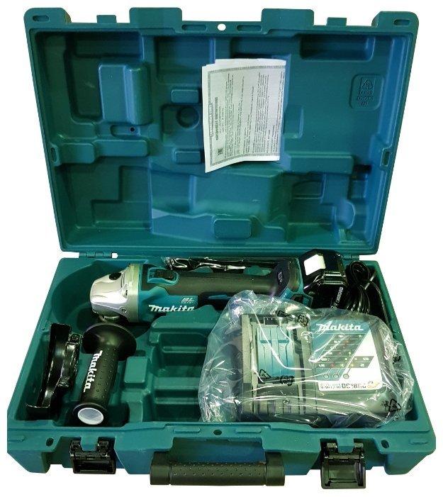 Машина углошлифовальная аккумуляторная 125мм. 18В. Makita DGA504RF