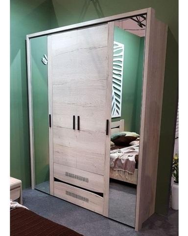 Шкаф  МАЛЕ 4-х дверный