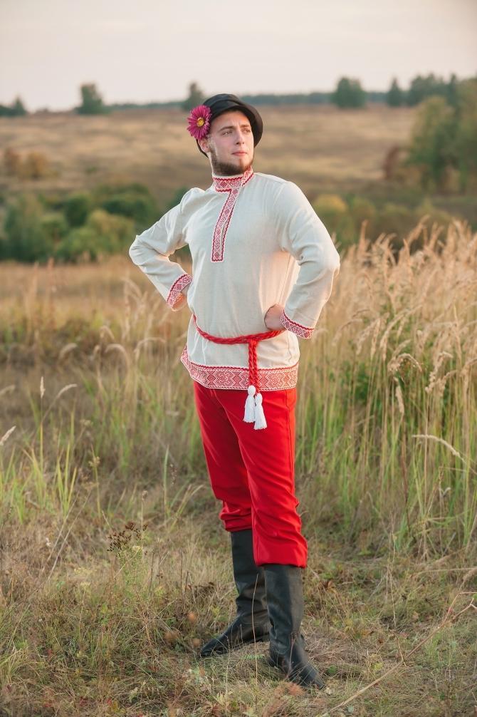 Мужской русский костюм Раздолье вид сбоку