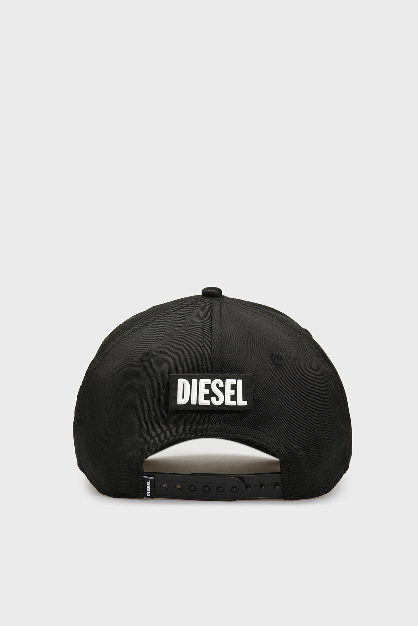 Черная кепка CALBRE Diesel
