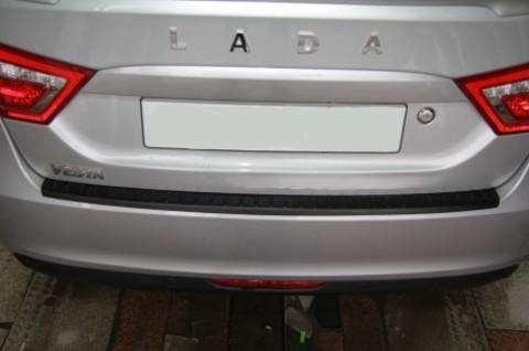 Накладка на задний бампер пластиковая Лада Веста (седан, SW)