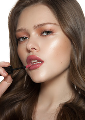 Romanovamakeup Блеск-тинт для губ DESERT ROSE Sexy Gloss Tint