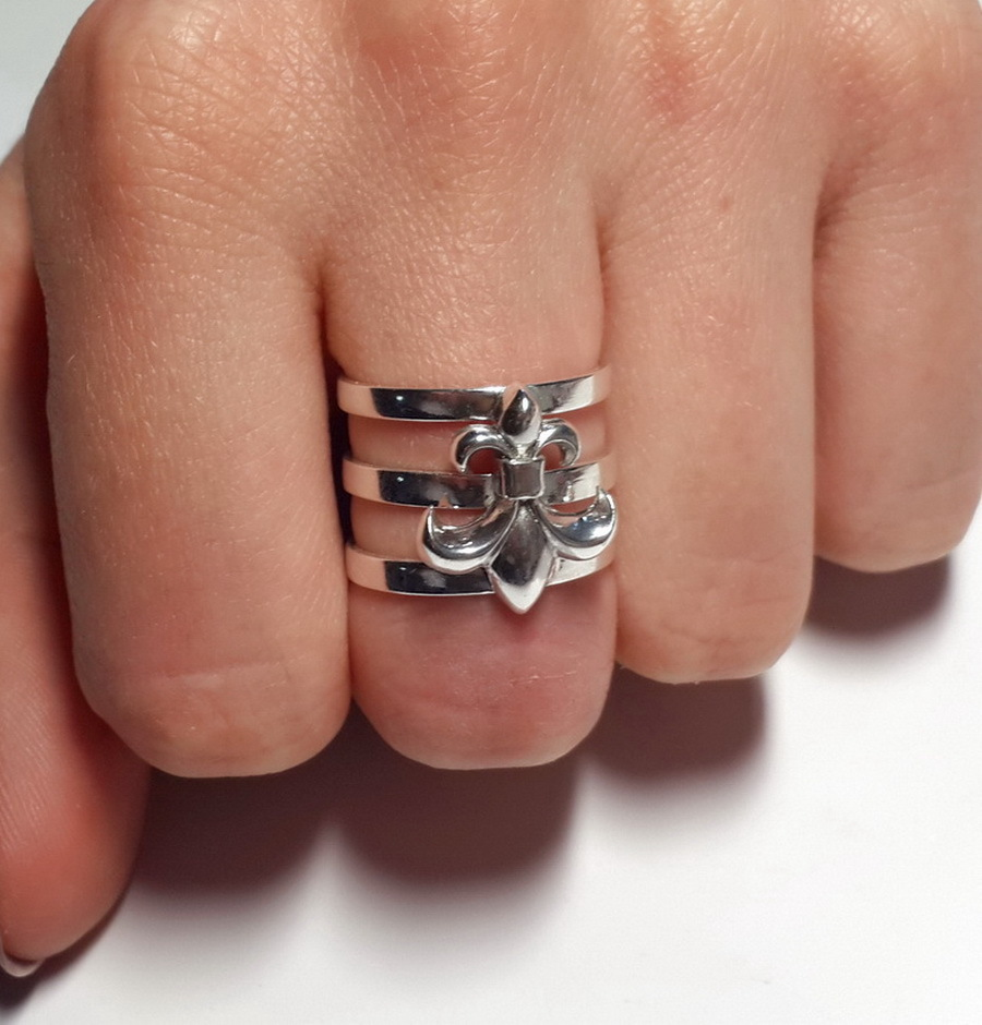 Heraldic Lily Ring, Sterling Silver