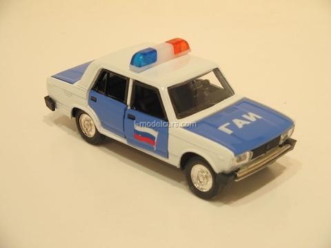 VAZ-2105 Lada GAI Police Russia Agat Mossar Tantal 1:43