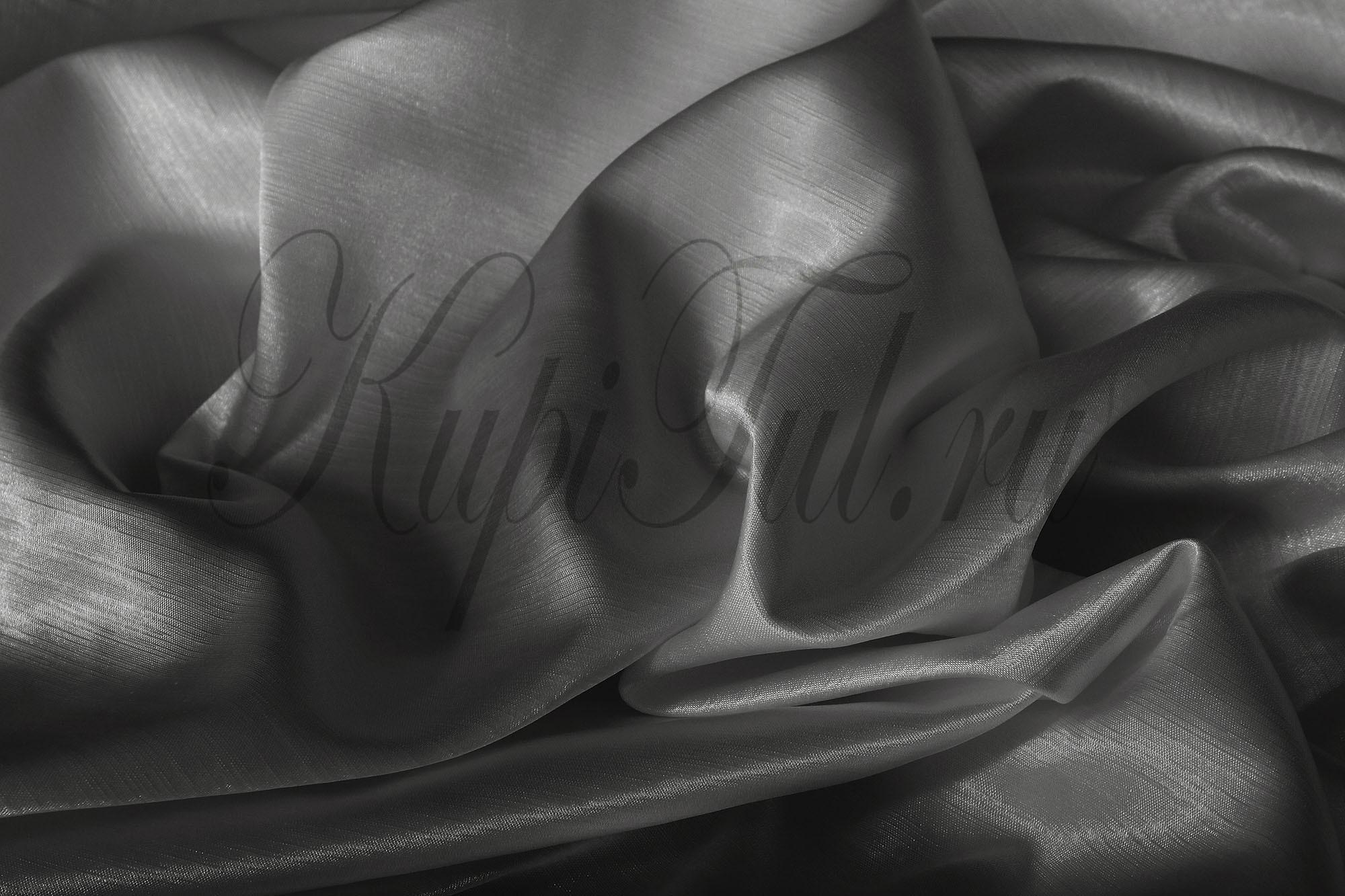 Leonardo (Серый), Шторы из однотонного шик-сатена.