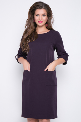 <p>Современное платье для любительниц строгих, но ярких образов. Накладные карманы. По бокам разрезы.&nbsp;</p> <p><span>(Длина: 46=97см; 48=97см; 50=98см; 52=98см;)</span></p> <p>&nbsp;</p>